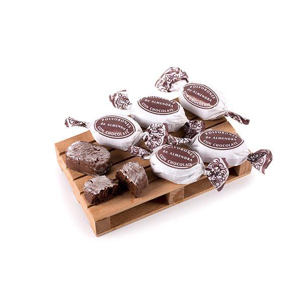 Polvorones de Chocolate Marca Palmira Expuesto en un Palé